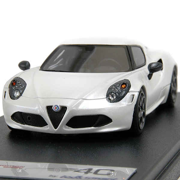 1/43 Alfa Romeo純正4Cミニチュアモデル-Launch Edition-<br><font size=-1 color=red>08/07到着</font>